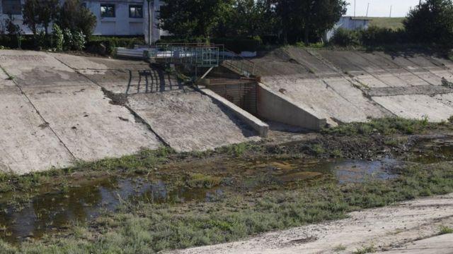Так выглядит Северо-Крымский канал после того, как Украина перекрыла подачу воды в аннексированный Крым