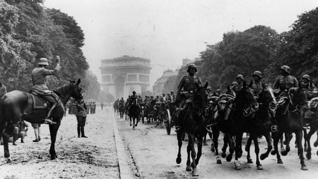 Парад немецких войск в Париже