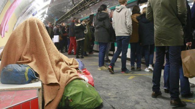 Sin techo en el metro