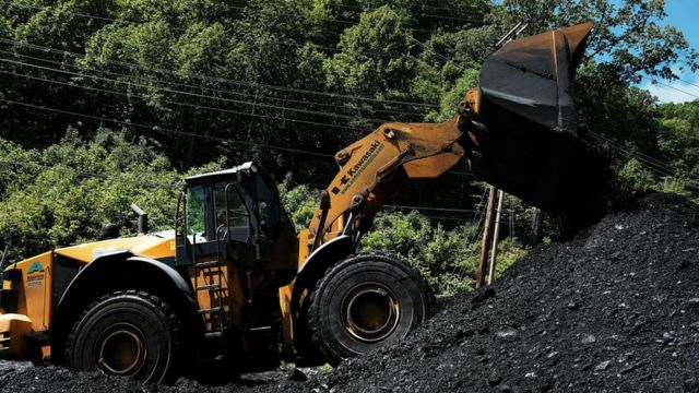 ウェストバージニア州の石炭工場