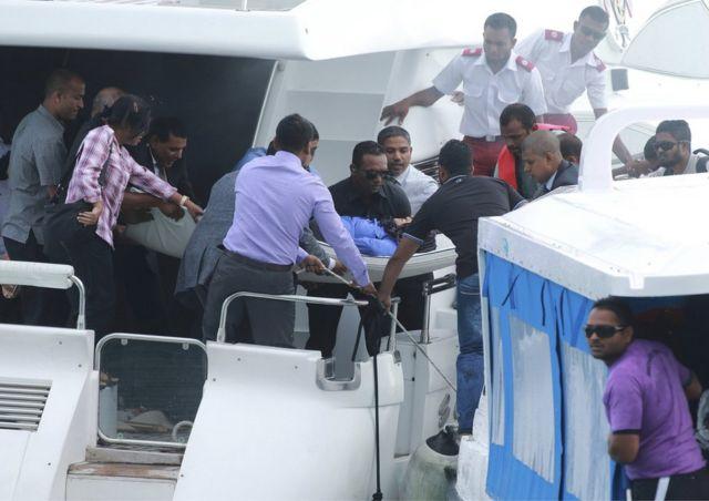 Maldives president unhurt in boat blast on return from Hajj