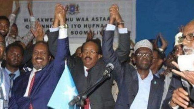 """Madaxweyne Farmajo ayaa ka leexday """"tubtii madaxdii ka horreysay"""" ay ula dhaqmi jireen Somaliland"""