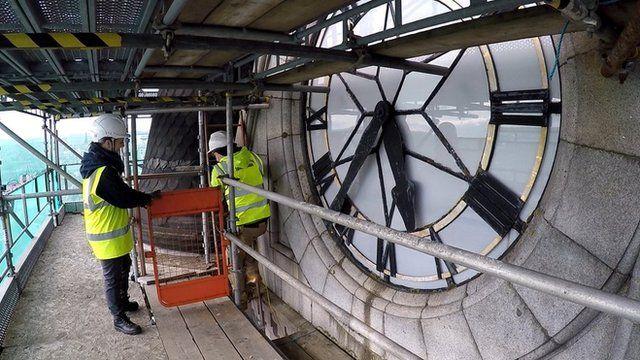Aberdeen Town House clock