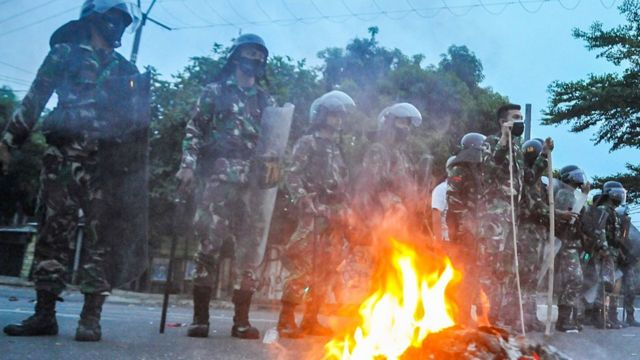 unjuk rasa di Bekasi
