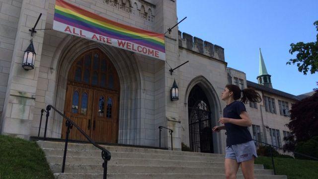 "Igreja ""gay-friendly"" em Washington, EUA"