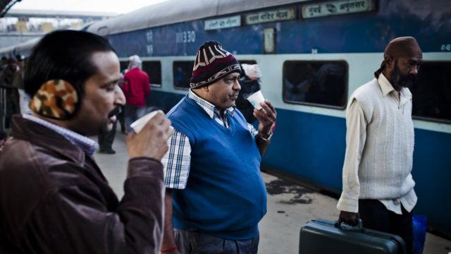 Indios tomando té