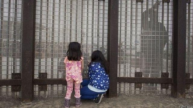 دیوار مرزی آمریکا- مکزیک