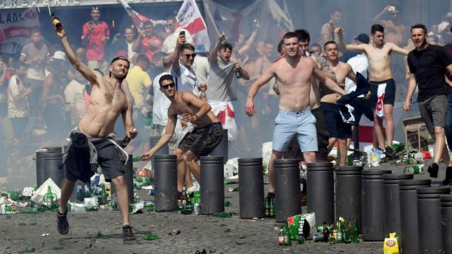 clash between Russian fans and England ones
