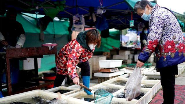 Mercado al aire libre en Hunan.