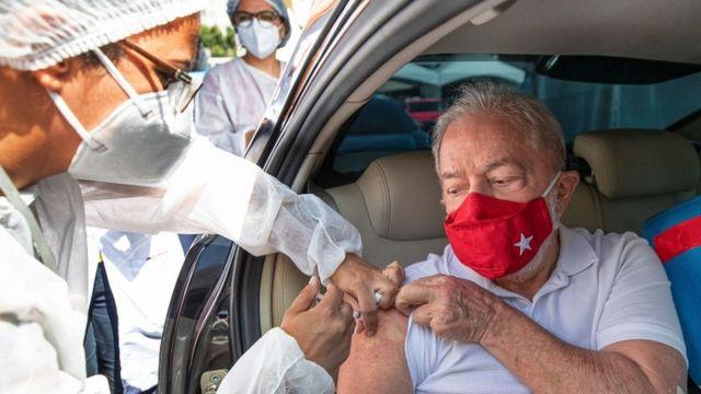 The former president of Brazil, Luiz Inacio Lula da Silva, received the vaccine on March 13.