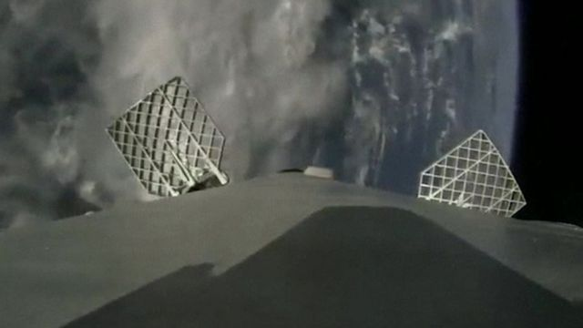 Rocket Camera : I set a camera feet away from spacex s first reused rocket