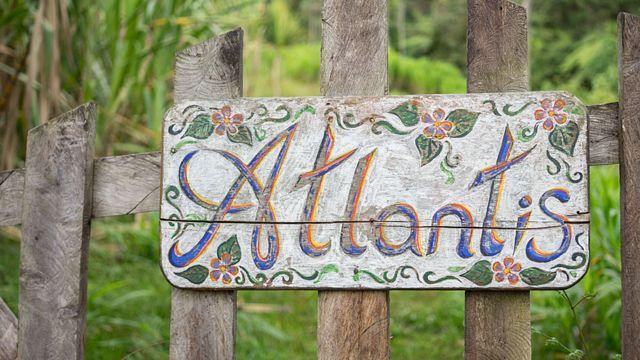 Cartel con el nombre Atlantis