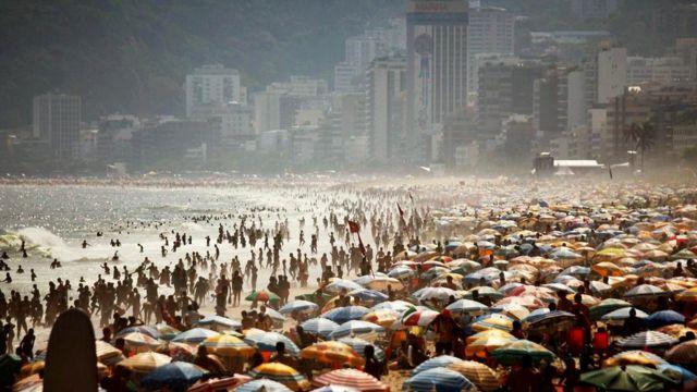 В шумном мегаполисе - даже на пляже - вы можете достичь точки счастья слишком быстро