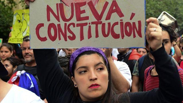 Manifestante no Chile.