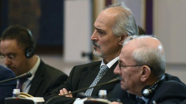 بشار الجعفري رئيس الوفد السوري الحكومي