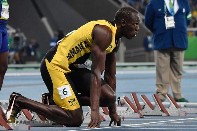 Usain Bolt na linha de partida