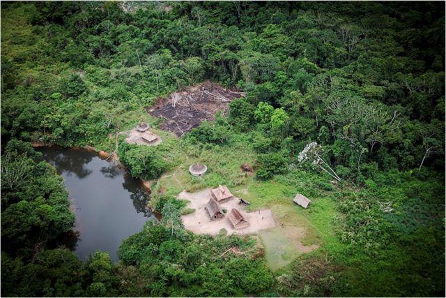 Aldeia na Amazônia