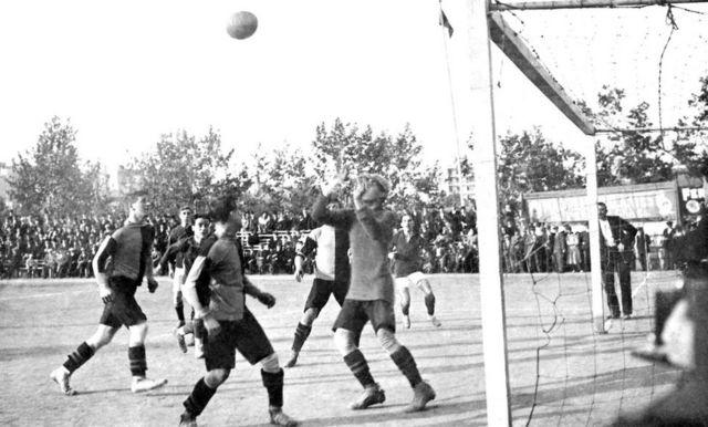 Crook en un partido a comienzos del siglo XX.