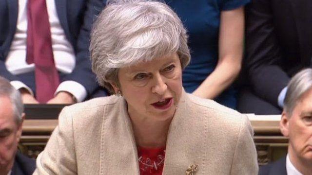 """梅首相在表決前的發言中,再呼籲議員支持議案,重申自己""""已凖備好比原先計劃更早離任"""",以為國家和政黨做正確的事。"""