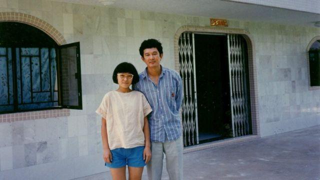 1989年8月至11月,項小吉與妻子住在香港西貢
