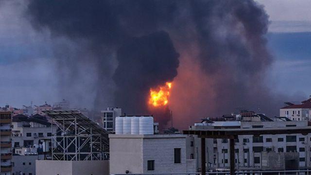 الغارات الإسرائيلية تواصلت على غزة.