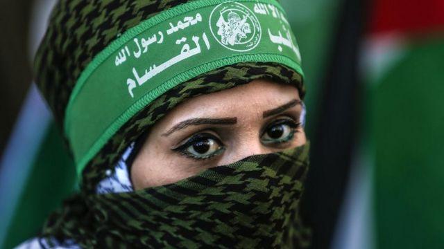 Une femme palestinienne lors de la marche pour le 32 anniversaire du Hamas le 14 décembre 2019.