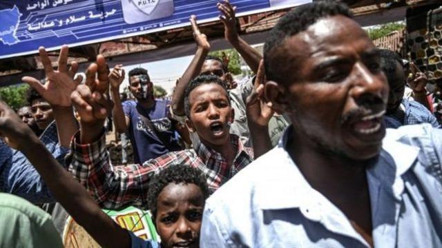 Masu zanga zanga a Khartoum