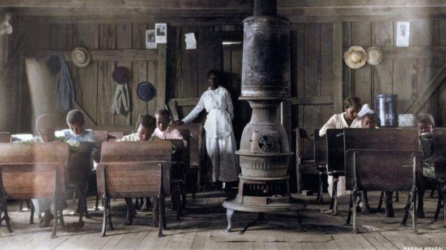Escuela para negros en Anthoston, Kentucky (EE.UU.) en 1916.