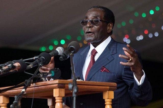 Le président Mugabe offre 60 000 $ à sa belle-sœur