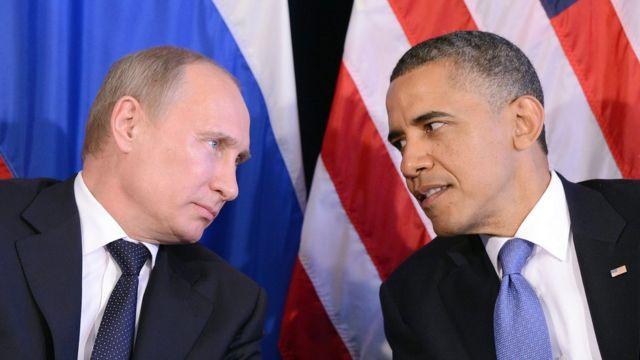 Vladimir Putin junto a Barack Obama.