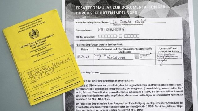 Prova de vacina de Angela Merkel