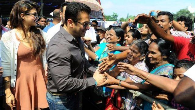 Malgré les écarts de comportement, Salman Khan ne semble pas perdre en popularité auprès de ses dizaines de millions de fans.