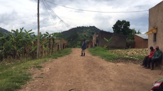 Umudugudu wa Rwitongo ku mupaka wa Cyanika uhuza u Rwanda na Uganda