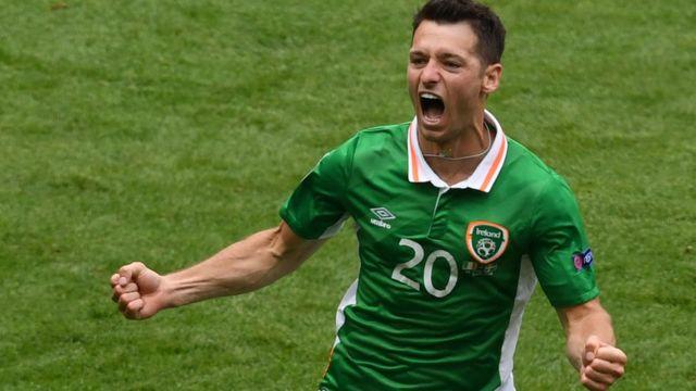 El goleador de Irlanda. Hoolahan dio la ventaja, pero Suecia consiguió el empate gracias a un gol de Clark.