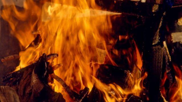 Deadi bodi burning ceremony for India