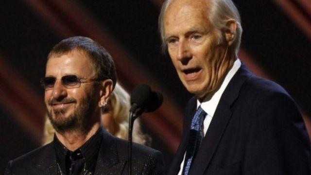 2008年グラミー賞にリンゴ・スターさん(左)と出席したサー・ジョージ・マーティン