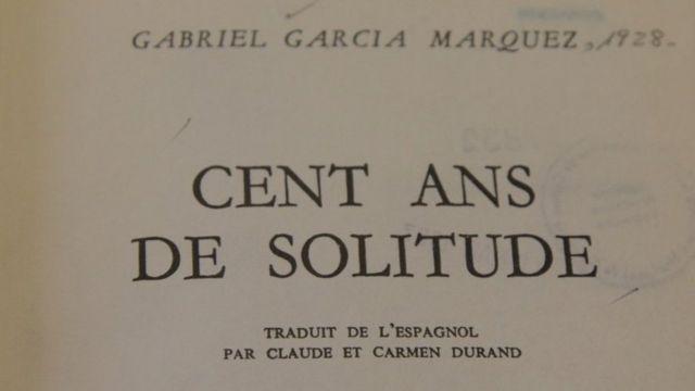 """Capa do livro """"Cem anos de solidão"""" em francês"""