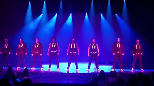Bailarines al inicio del espectáculo de los Chippendales en Las Vegas, Estados Unidos.