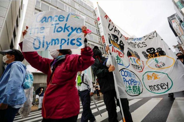 протесты с требованием отменить Олимпийские игры