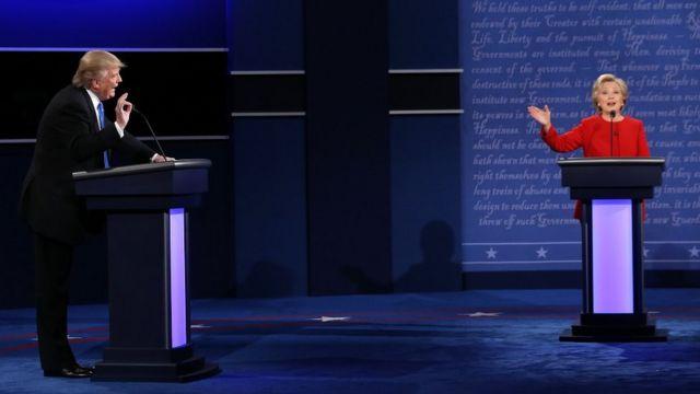 Imagen del debate presidencial entre los candidatos Donald Trump y Hillary Clinton en la Universidad Hofstra el 26 de septiembre de 2016 en Hempstead, Nueva York