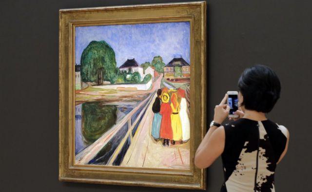 لوحة فتيات على الجسر لإدفارد مونش