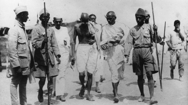 गांधी और आंबेडकर