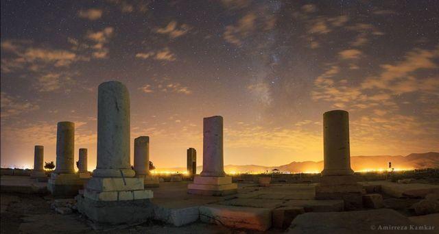"""Tierra ancestral, cielo moderno"" / Imagen de Amirreza Kamkar"