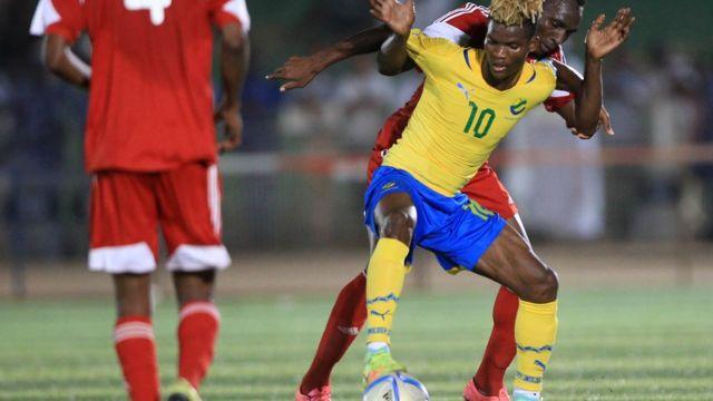 Le milieu de terrain Didier Ndong a été exclu et renvoyé dans son club de Sunderland en Angleterre.
