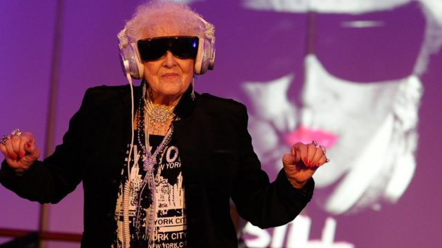 Anciana Dj