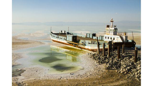 Lago salado de Urmía, Irán