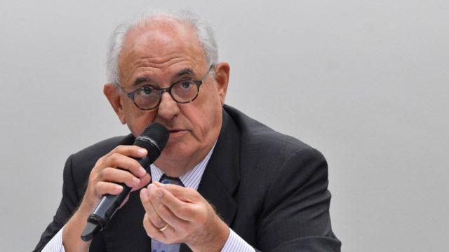 Ex-ministro Nelson Jobim (Defesa) foi um dos que caíram no primeiro ano de Dilma