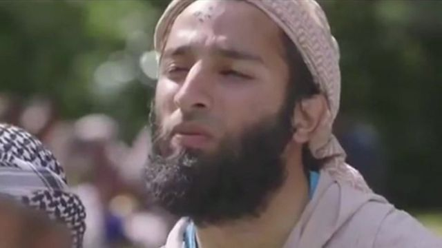 Captura de pantalla del documental donde aparece Butt.
