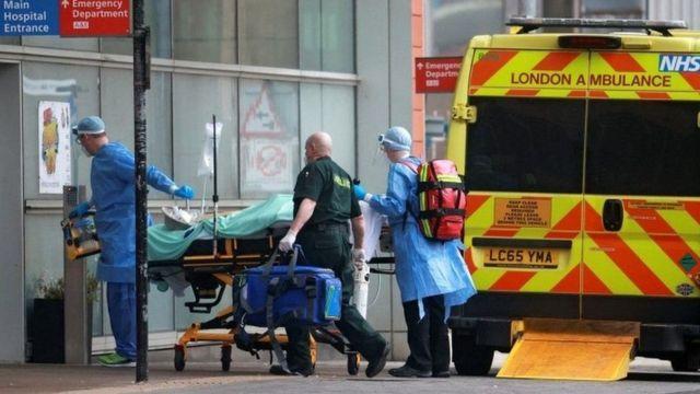 فيروس كورونا: بريطانيا تقرر إغلاق المدارس الابتدائية في لندن وتتوقع الأسوأ في مواجهة كوفيد 19