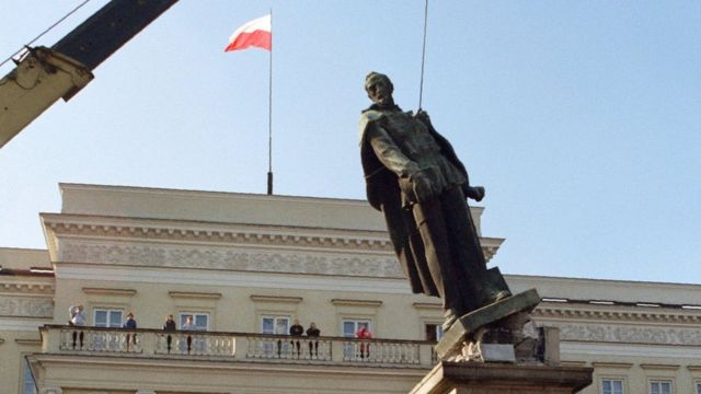 Soviet monument demolition in Poland